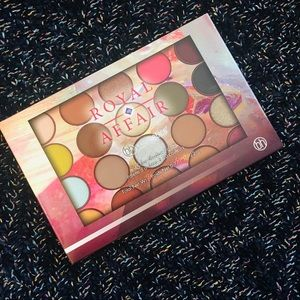 🍩 BH Cosmetics Royal Affair Eyeshadow Palette